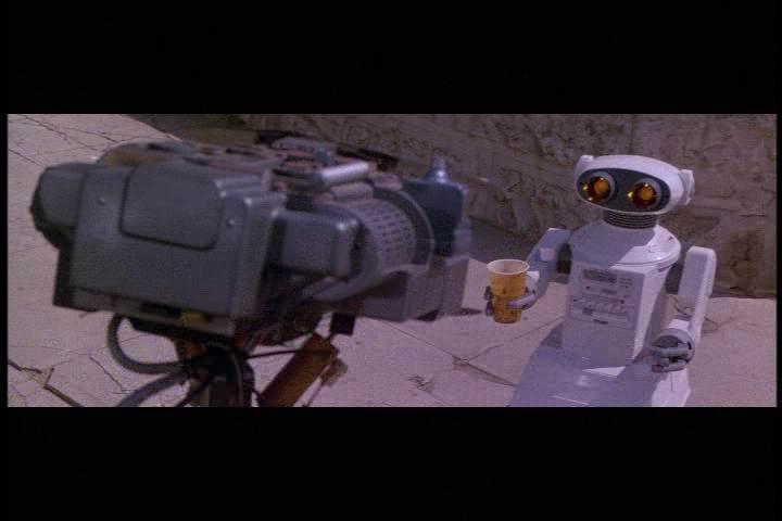 Omnibot in Short Circuit